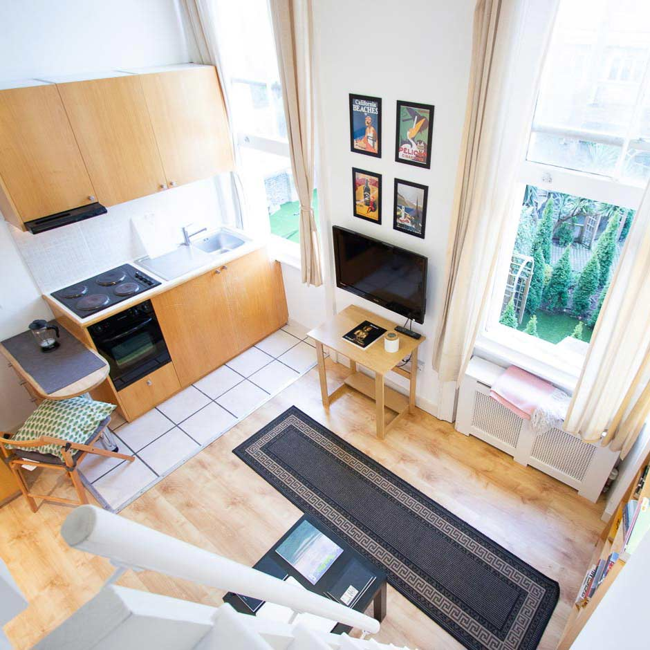Private studio flats for students in London
